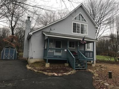 Photo of 114 Thornberry Ln, Blakeslee, PA 18610