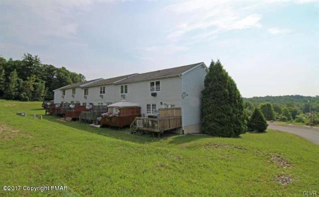 151 Victoria Arms Cir #4, Kunkletown, PA 18058