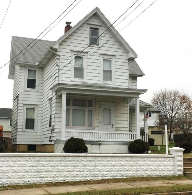 10 3rd Ave, Lehighton, PA 18235