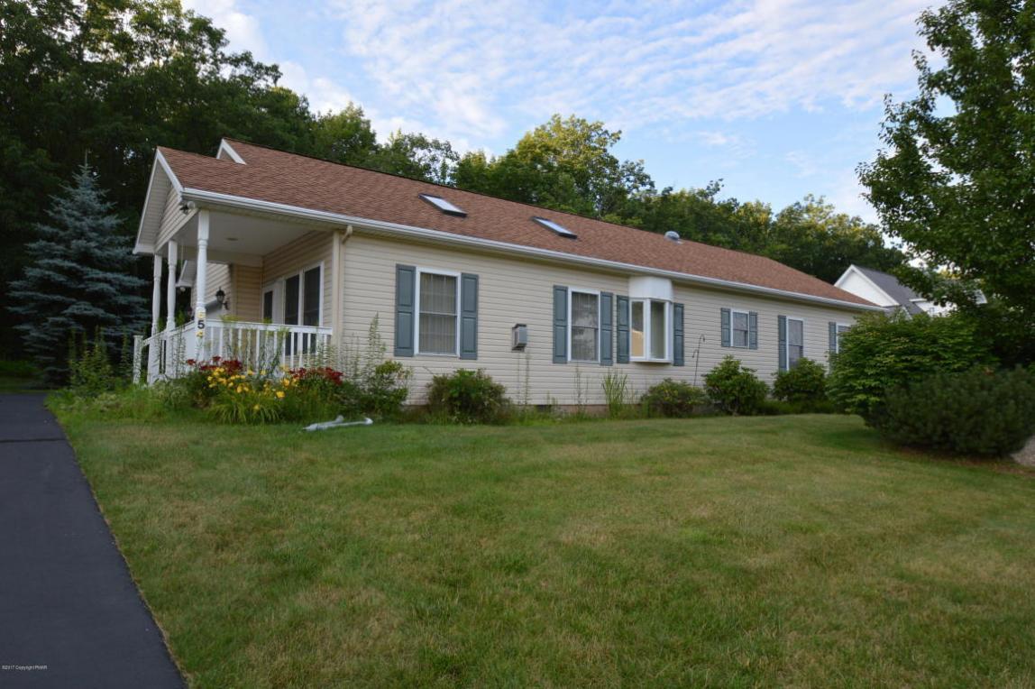 654 W Oak Ln, White Haven, PA 18661
