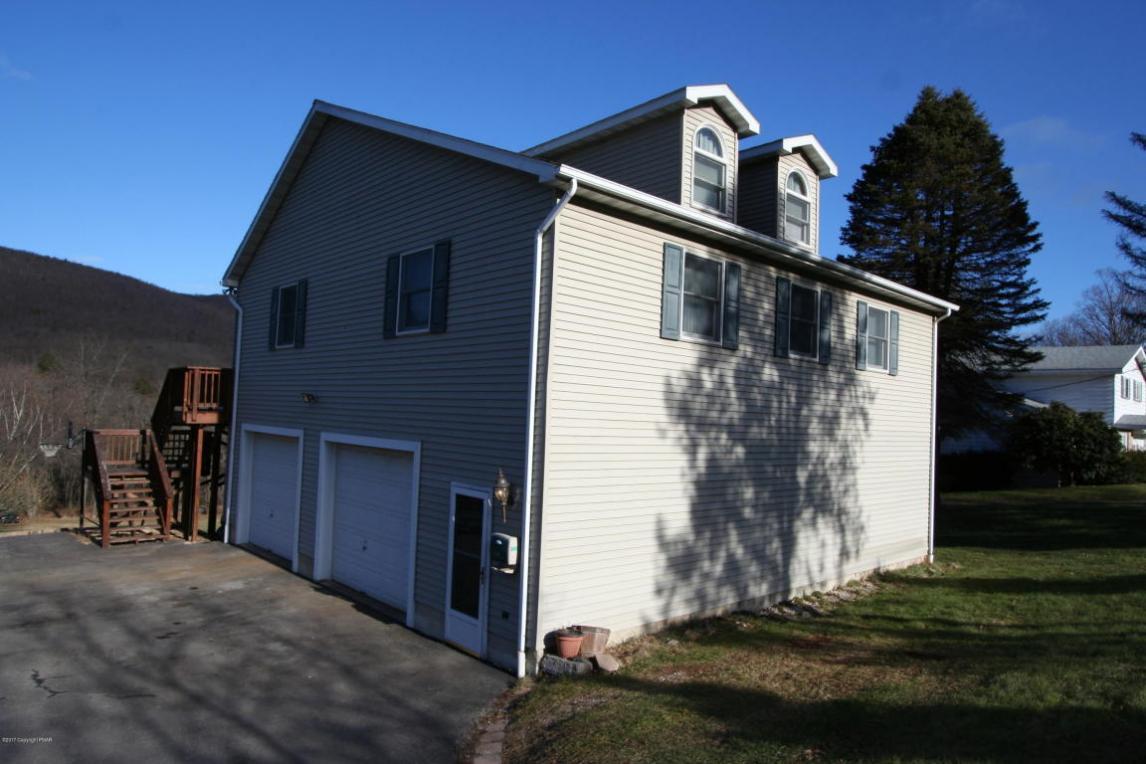 540 E Catawissa St, Nesquehoning, PA 18240