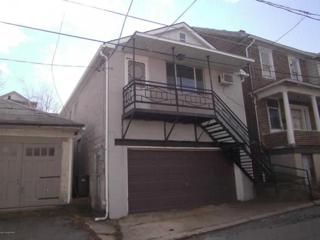 122 E Early Ave, Coaldale, PA 18218