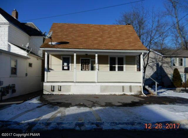 78 W Broad St, East Stroudsburg, PA 18301