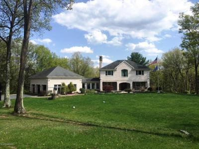 Photo of 171 Beaver Run Drive, Lehighton, PA 18235
