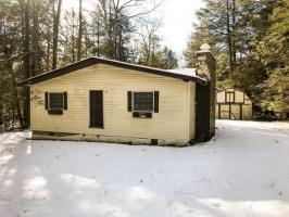 169 Lakeside Ln, Albrightsville, PA 18210