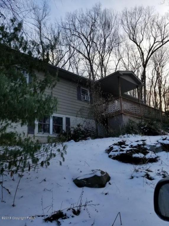 706 Foxtown Hl, Stroudsburg, PA 18360