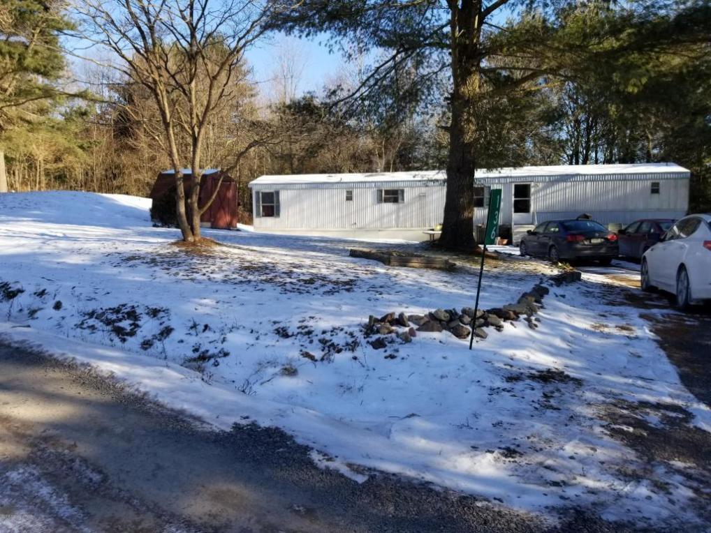 136 Vista Dr, Saylorsburg, PA 18353