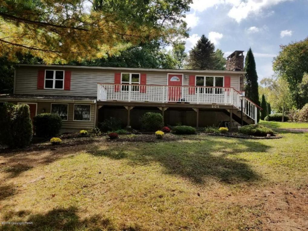 504 Lakeview Rd, White Haven, PA 18661