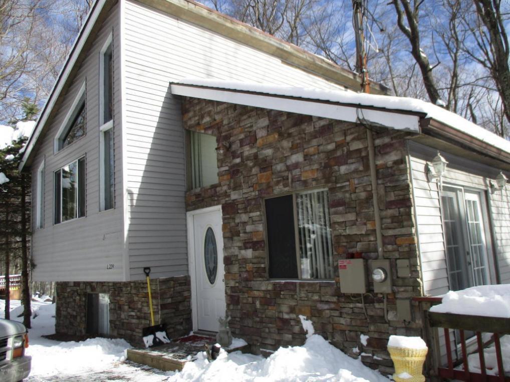 2431 Winding Way L-229,230, Tobyhanna, PA 18466