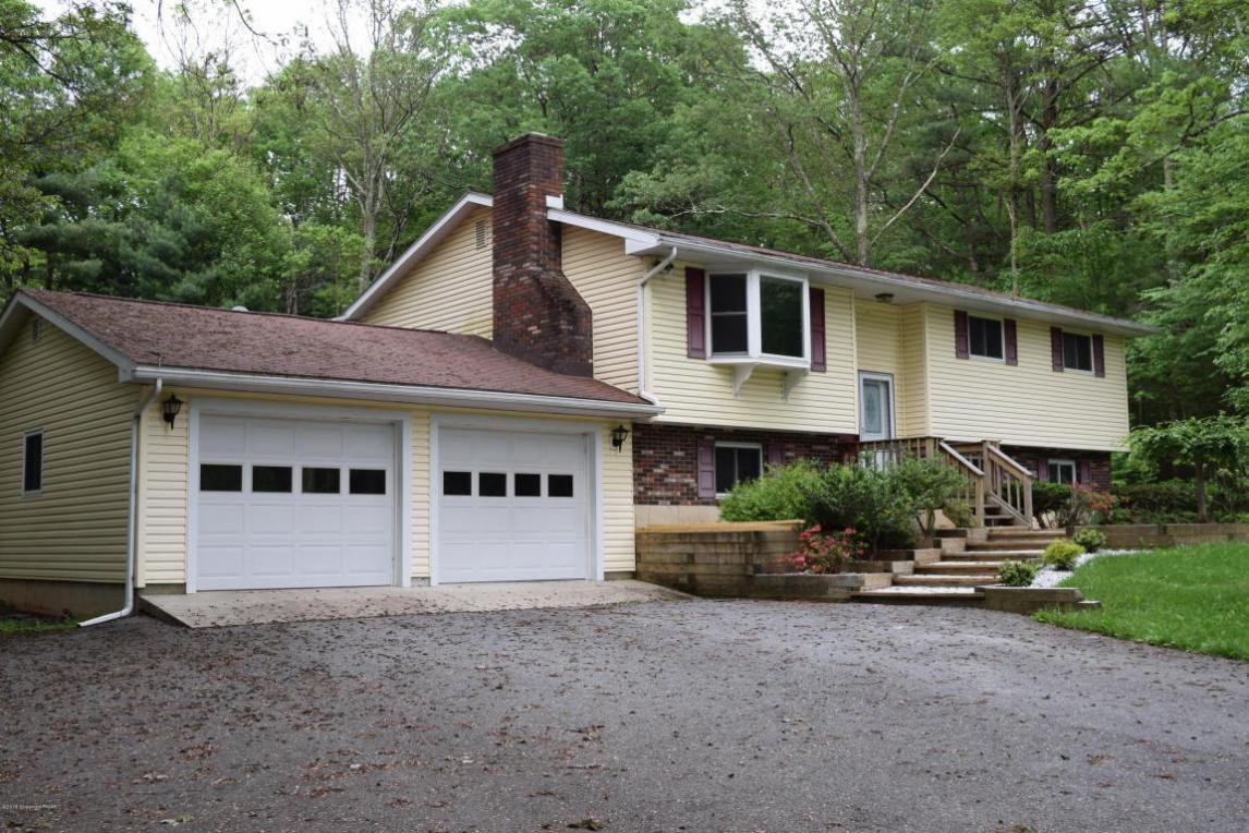 409 Short Bull Rd, Effort, PA 18330