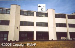 115 Foxfire Drive, Mount Pocono, PA 18344