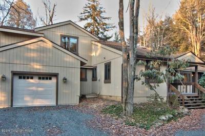 Photo of 181 Tanglewood Drive, Pocono Pines, PA 18350