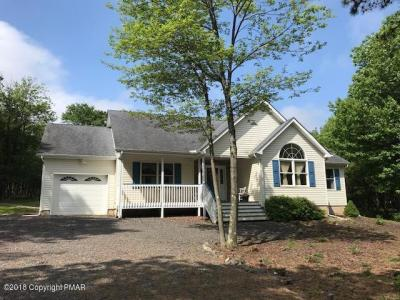 Photo of 639 Old Stage Rd, Albrightsville, PA 18210