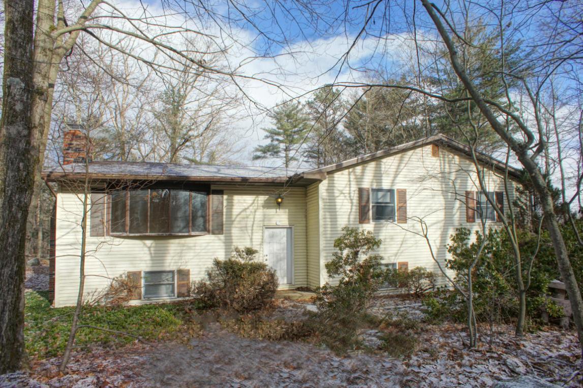 128 Balson Rd, Stroudsburg, PA 18360