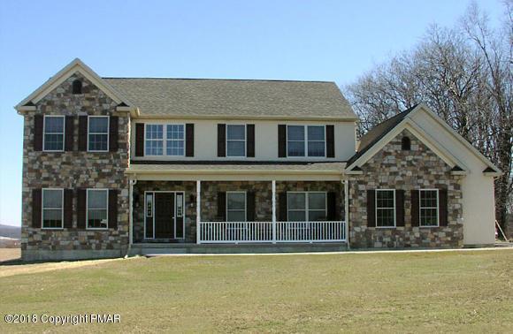 871 Emerald Valley Ln, Bangor, PA 18013