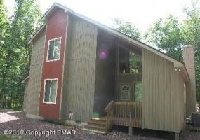 67 Frost Ln, Albrightsville, PA 18210