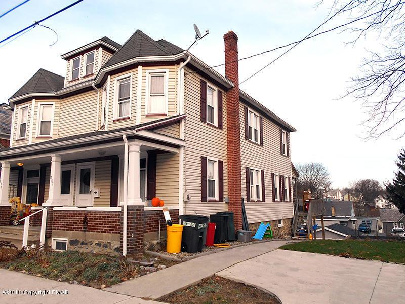 207 N 7th St, Bangor, PA 18013