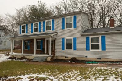 Photo of 12 Ashburn Dr, East Stroudsburg, PA 18301