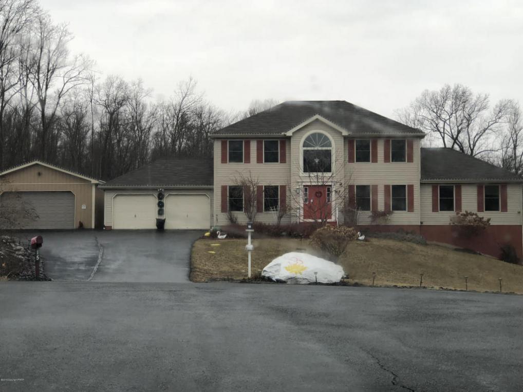 15 Auburn Way, East Stroudsburg, PA 18302