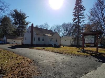 Photo of 2279 N Delaware Dr, Mount Bethel, PA 18343