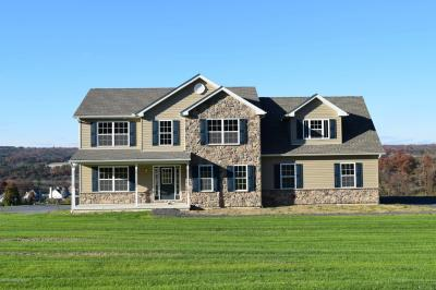 Photo of 205 Bryan Dr, Kunkletown, PA 18058