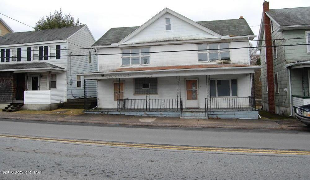 24 Tamaqua St, Beaver Meadows, PA 18216