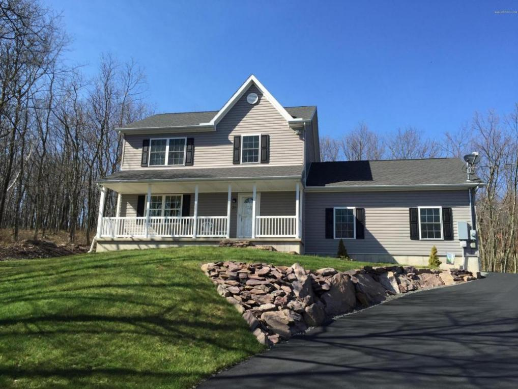 21 Arapahoe Rd, Albrightsville, PA 18210