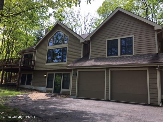 460 Spruce Dr, Tannersville, PA 18372