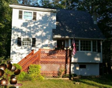 433 Northampton Rd, Tobyhanna, PA 18466