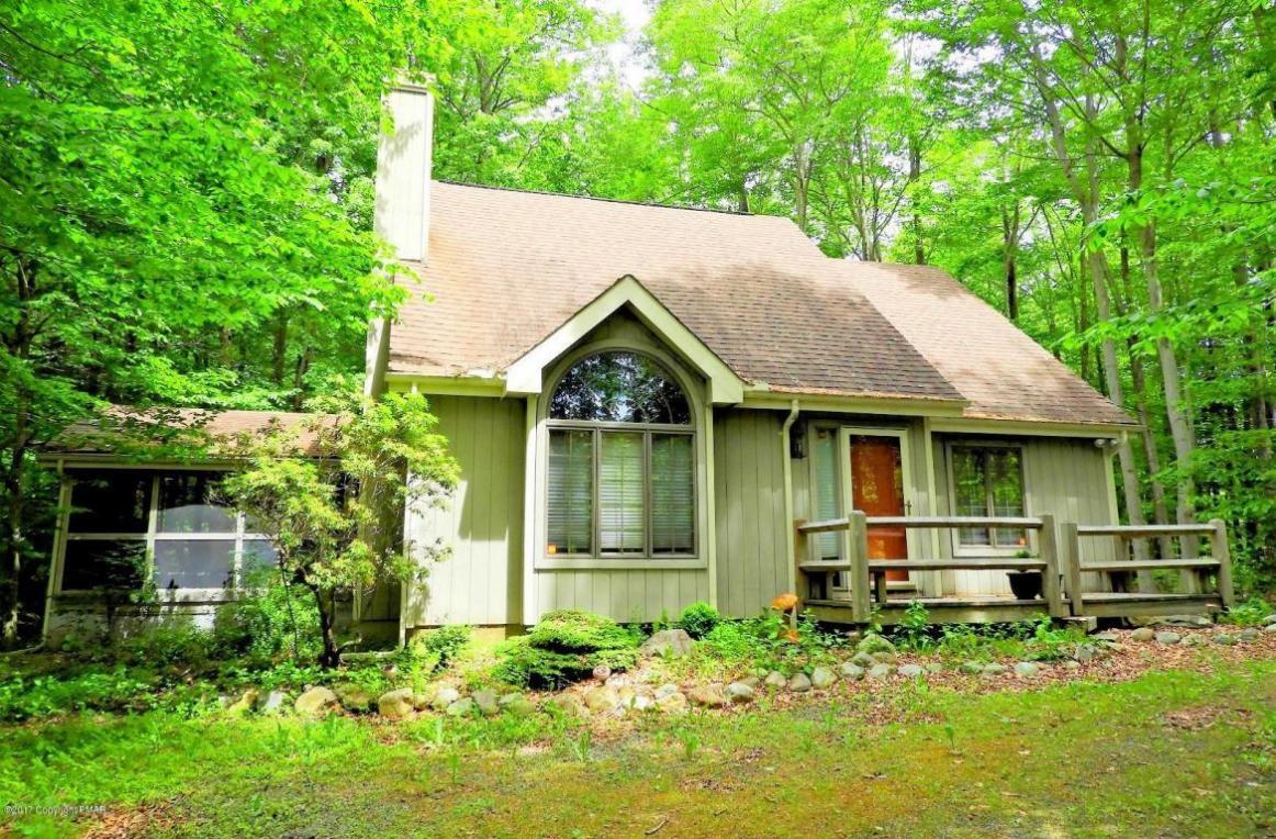 2364 Overlook Lane, Pocono Pines, PA 18350