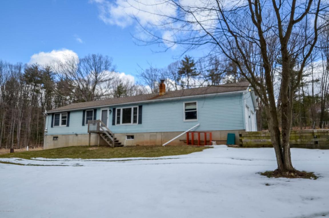 1247 Koch Rd, Kunkletown, PA 18058