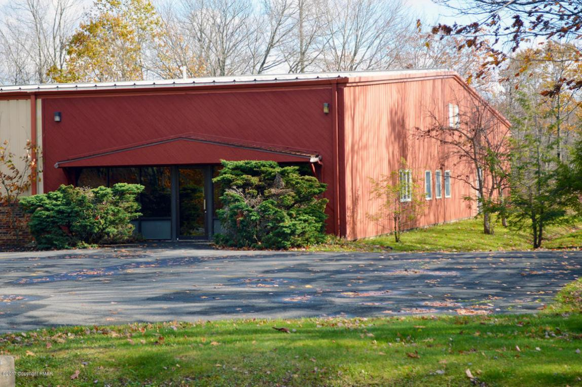 405 Industrial Park Drive, Mount Pocono, PA 18344