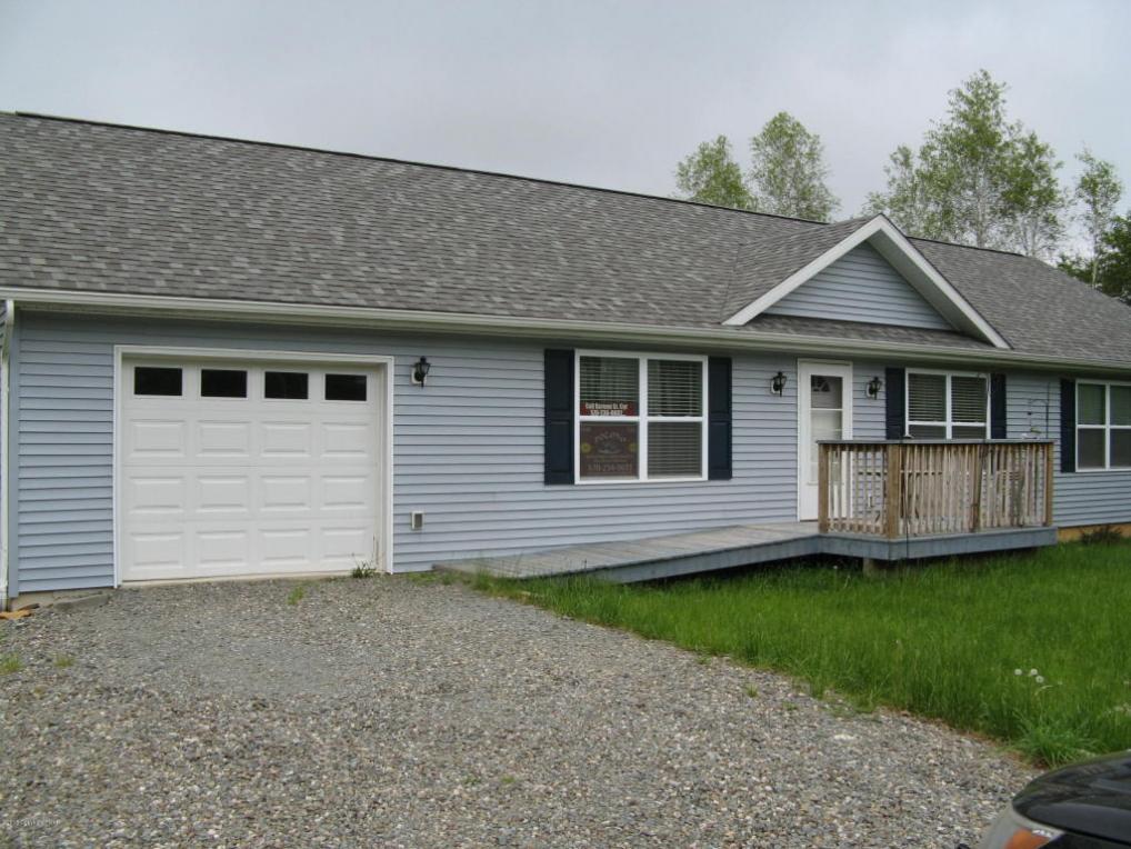 345 Kuhenbeaker Rd, Blakeslee, PA 18610