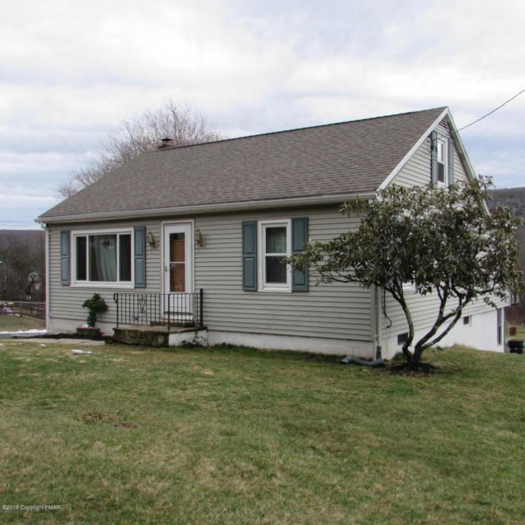 117 W White Bear Dr, Summit Hill, PA 18250