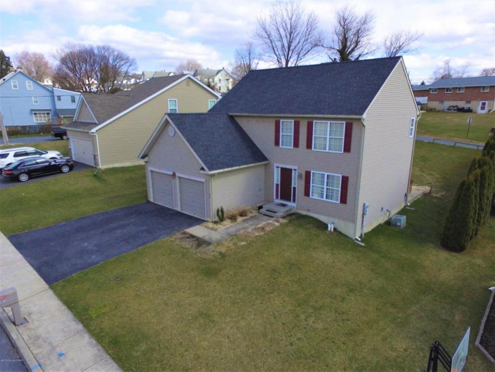 394 E 5th St, Northampton, PA 18067