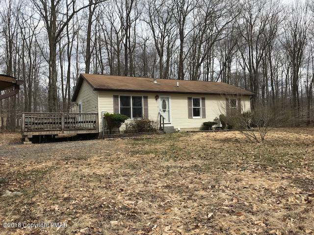 315 Hellers Ln, Long Pond, PA 18334