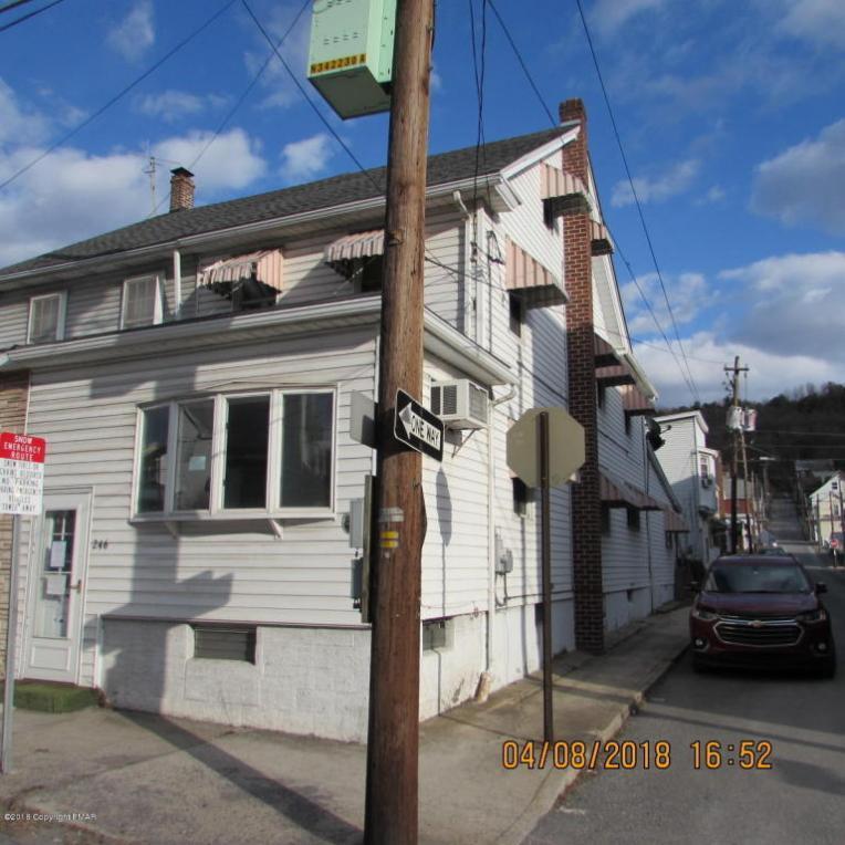 246 W Patterson St, Lansford, PA 18232