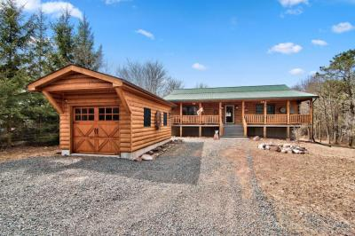 Photo of 101 Penn Forest Trl, Albrightsville, PA 18210