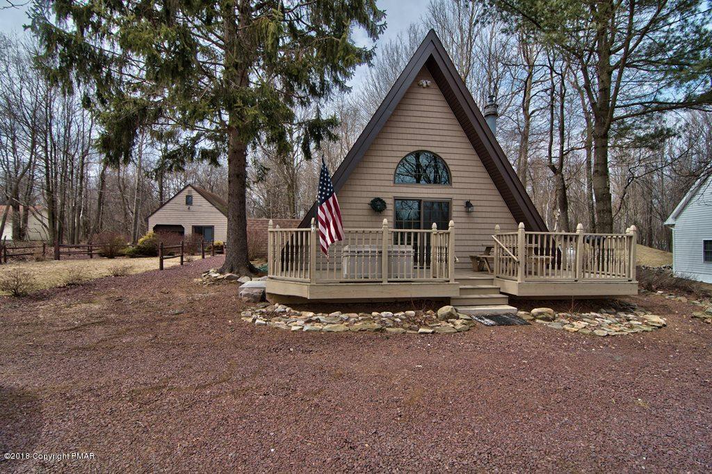 438 Cedar Dr., Long Pond, PA 18334