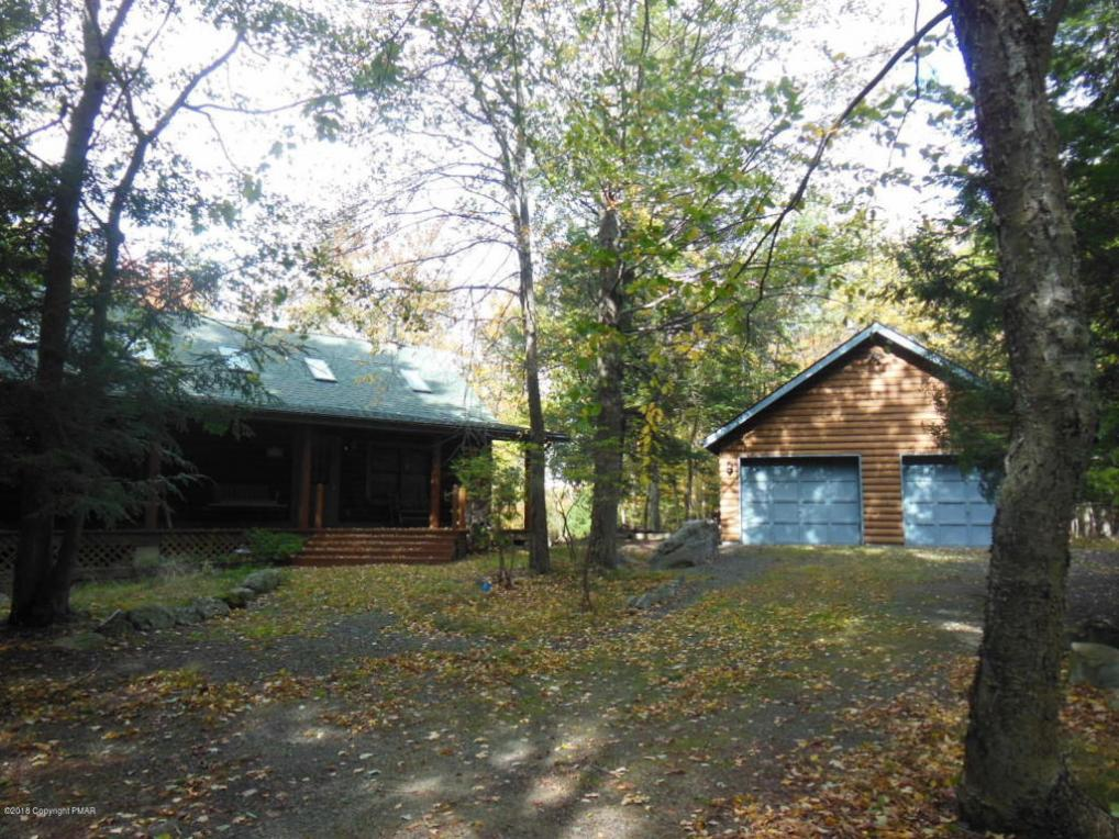 1186 Blueberry Ct, Canadensis, PA 18325