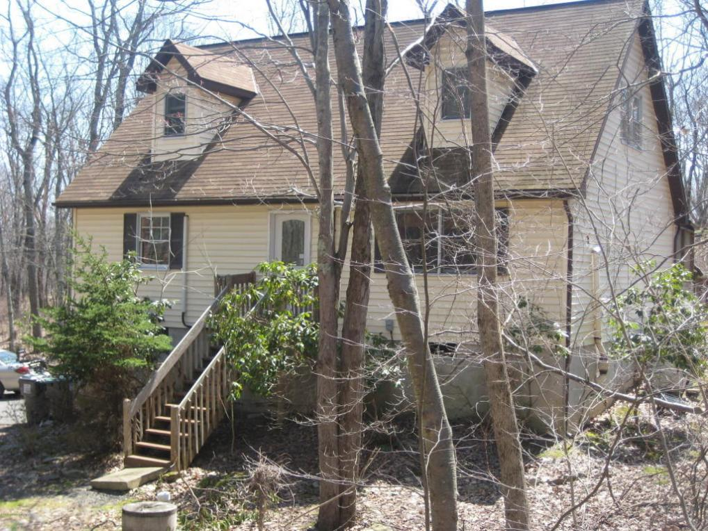 267 Timber Dr, East Stroudsburg, PA 18302