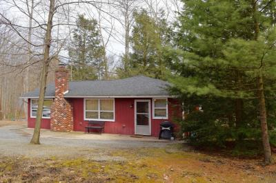Photo of 3 Deer Trail Ln, Nesquehoning, PA 18240