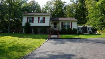Photo of 1151 Scotrun Dr, Scotrun, PA 18355