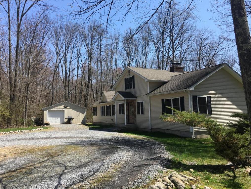 290 Halletts Rd, Mount Bethel, PA 18343