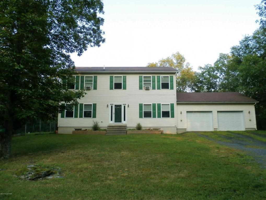 321 Timber Hill Rd, Henryville, PA 18332