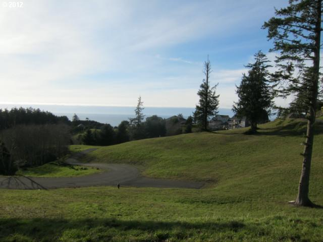 42 Southview Ln, Pacific City, OR 97135