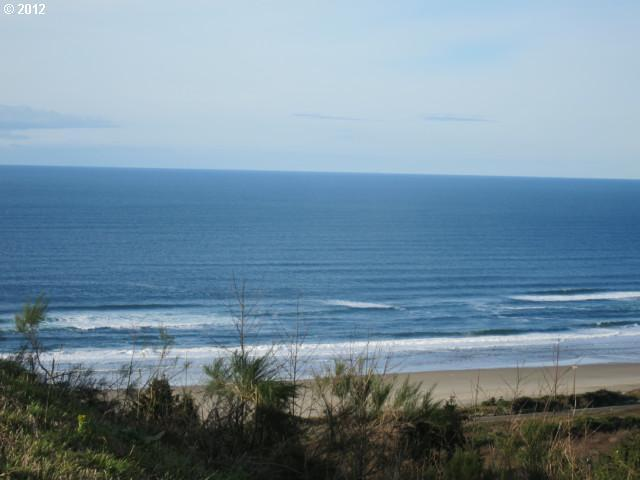 64 Nantucket Dr, Pacific City, OR 97135