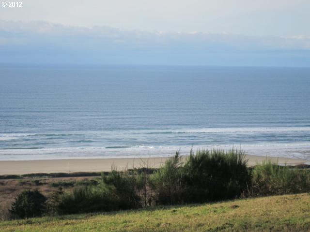 75 Megan View Ln, Pacific City, OR 97135