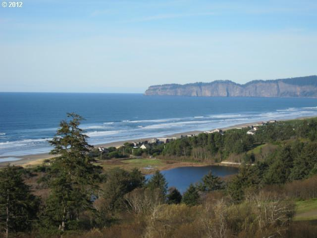 44 Southview Ln, Pacific City, OR 97135