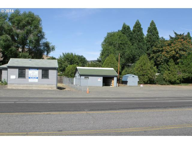 705 Chenowith Loop Rd, The Dalles, OR 97058